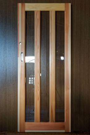 幼稚園 指はさみ防止ドア