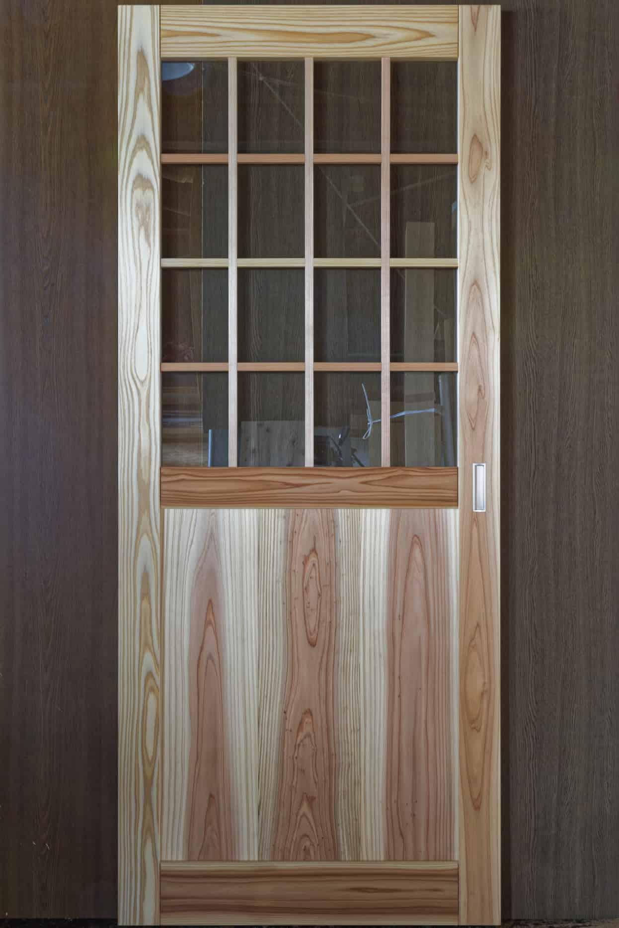 格子窓付きドア・引き戸